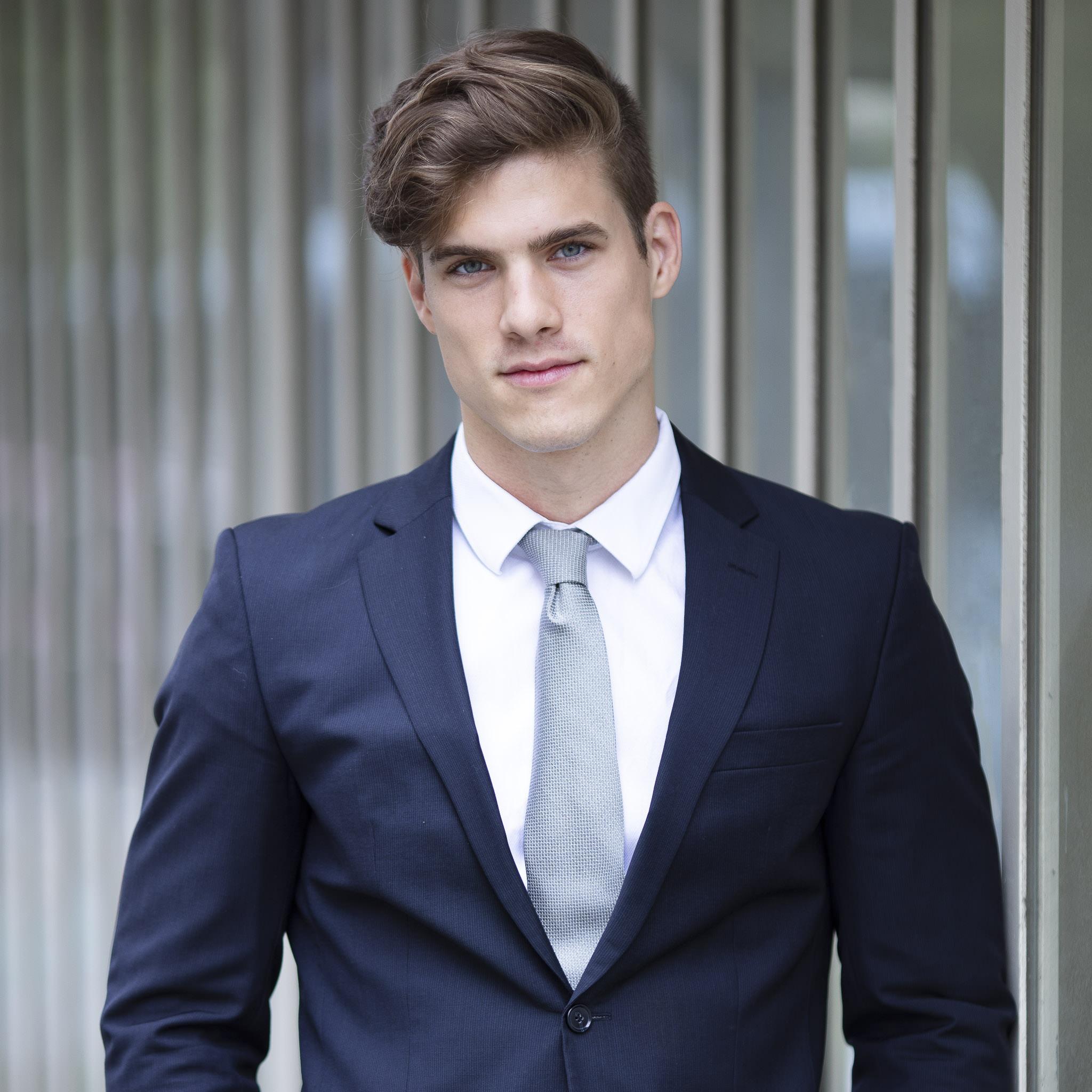 Elias Hartmann Bewerbung3